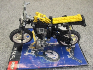 Lego Technic 8838 Shock cycle
